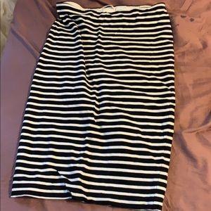 H&M basic skirt size small s black white striped